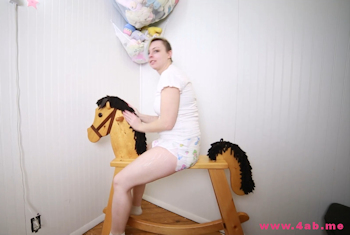 Kimmie Rocks on her horse in a Bambino Magnifico